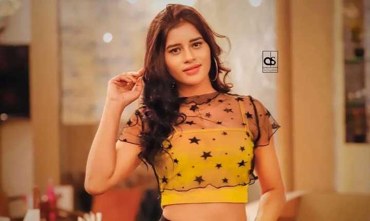 Mokshita Raghav hot pics kooku