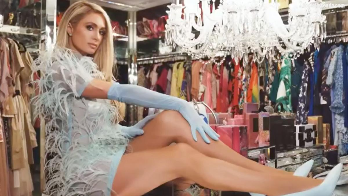 Paris Hilton Posts a Stunning Picture As She Declares Herself the 'Sliv Queen'