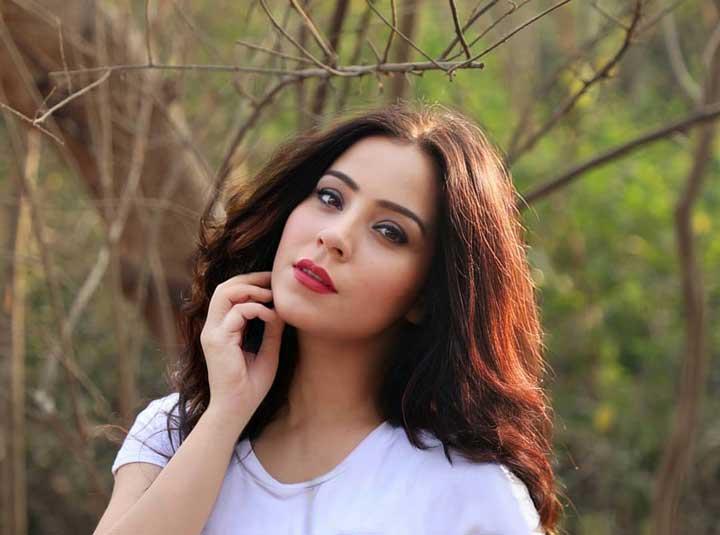Ruby Bharaj hot wiki