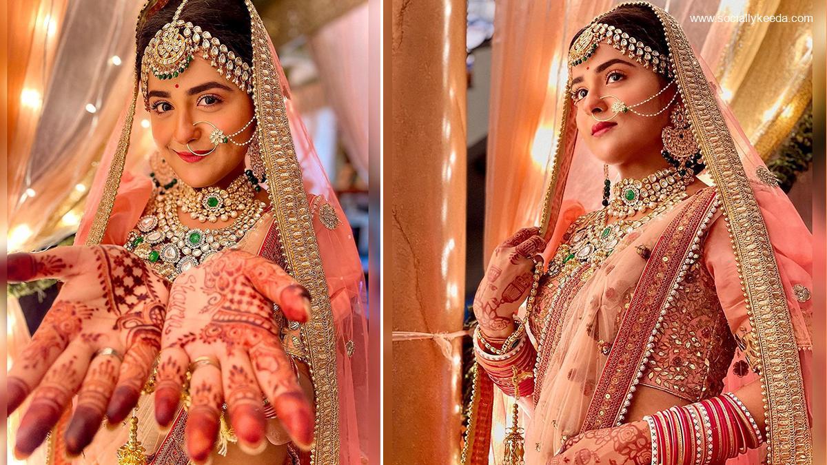 Shaurya Aur Anokhi Ki Kahani Actress Debattama Saha's Bridal Avatar in Peach Sequin Lehenga is Everything (View Photos)